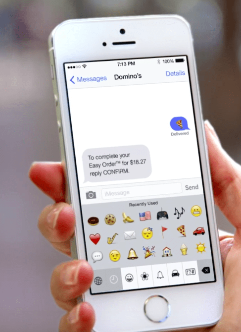 Ordering pizza via emoji makes our list of best social media campaigns!